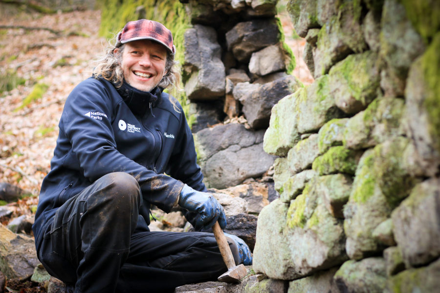 Peak District National Park Ranger Dry Stone Walling